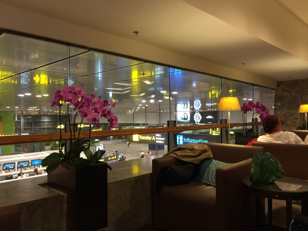 2015 Europe Trip: Checking in at Changi Airport & SilverKris Lounge (5/6)